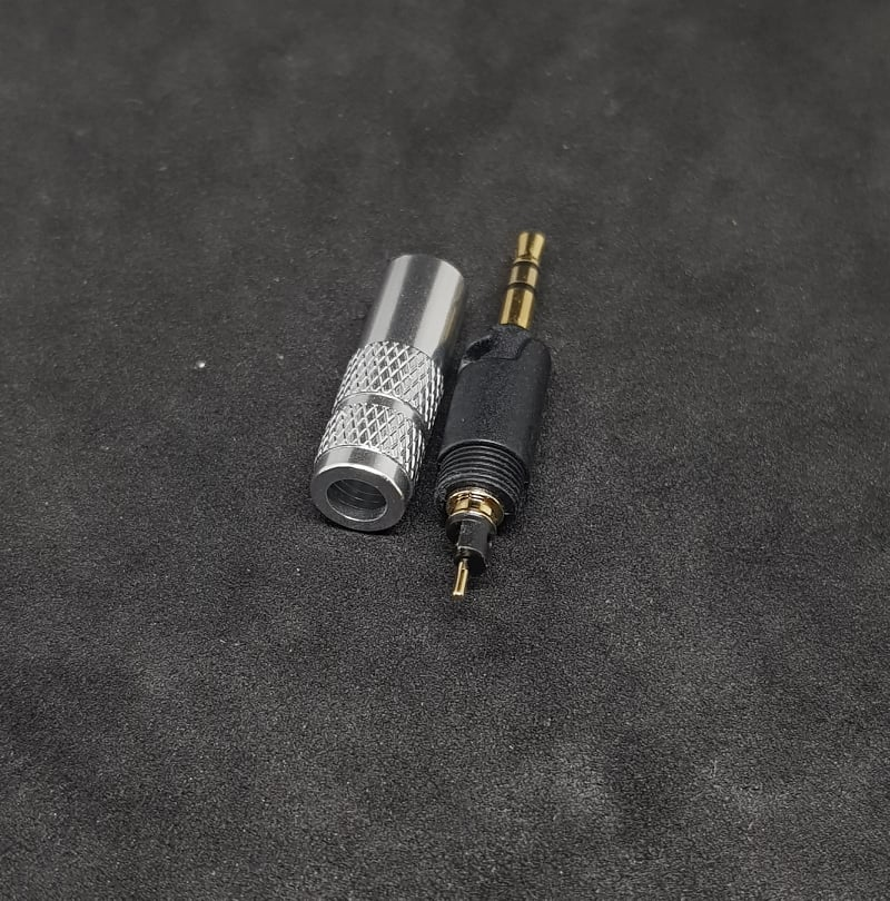 Thay Connector Sennheiser HD598